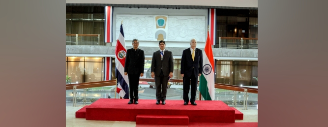 Presentation of Credentials by the Ambassador to the President of Costa Rica on 31-01-2020.