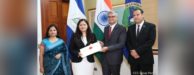 Ambassador presents copies of his credential letters to the Vice Minister of Foreign Affairs of Nicaragua Ms. Arlette Marenco